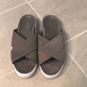 Vionic Lou Women's Sandal